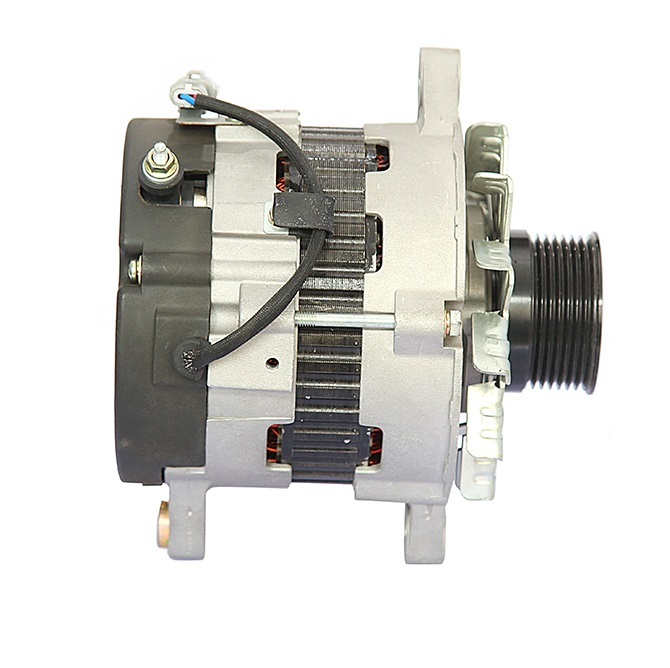ISUZU 4JJ1 Engine Alternator 8980921122